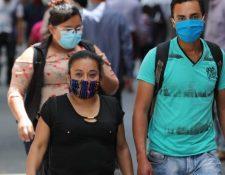 En Guatemala se mantiene el uso de la mascarillas para prevenir contagios de coronavirus. (Foto Prensa Libre: Hemeroteca PL).