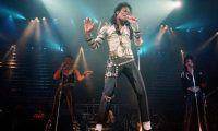Michael Jackson cautivó a multitudes y durante sus conciertos, demostró su habilidad en el canto y baile en los escenarios. (Foto Prensa Libre: Hemeroteca PL)