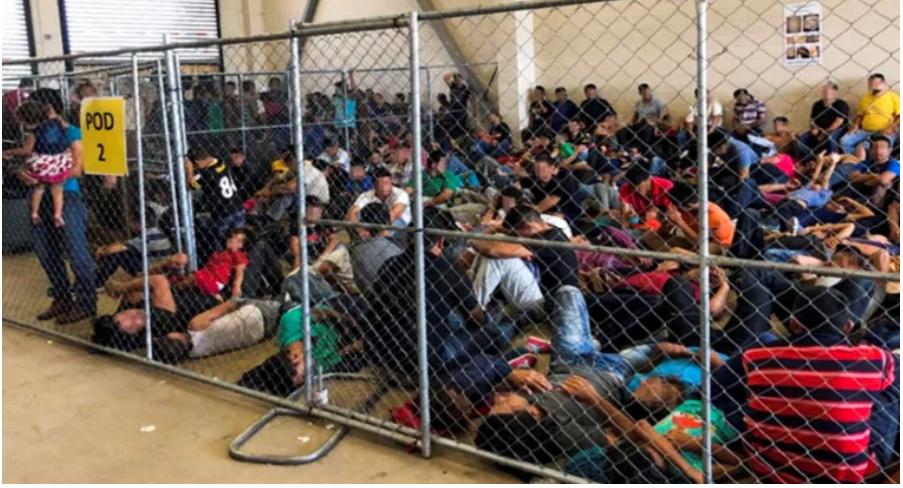 Migrantes denuncian que son fumigados con pesticidas en cárceles de ICE por coronavirus