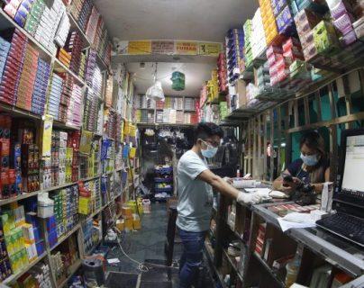 En Guatemala las remesas familiares representaron el 14% del PIB en 2020, dinero que se dirige al consumo de bienes en los hogares. (Foto Prensa Libre: Hemeroteca)