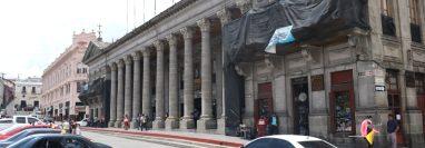 La municipalidad de Quetzaltenango reportó que uno de sus trabajadores dio positivo a la prueba de covid-19. (Foto Prensa Libre: Raúl Juárez)