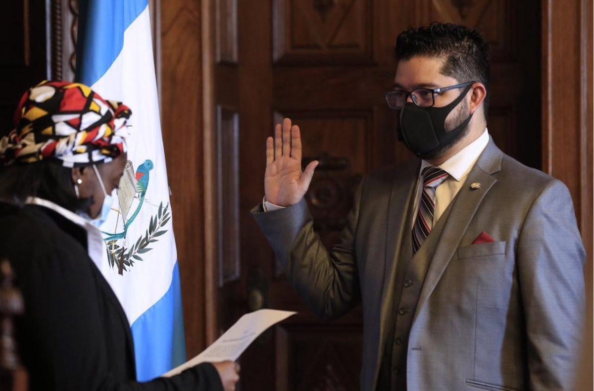 Carlos Sandoval, ahora exsecretario de Comunicación, es nombrado viceministro de Deporte y Recreación