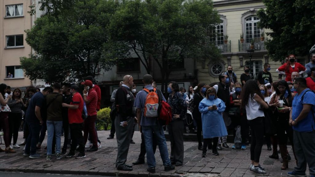 Exterior del Hospital Obregón, colonia Roma. Foto Prensa Libre: Arturo Luna / Forbes México.