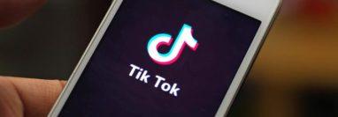El gobierno de la India prohibió docenas de aplicaciones, en su mayoría chinas, incluidas TikTok, WeChat y UC Browser. (picture-alliance/dpa/Da Qing)