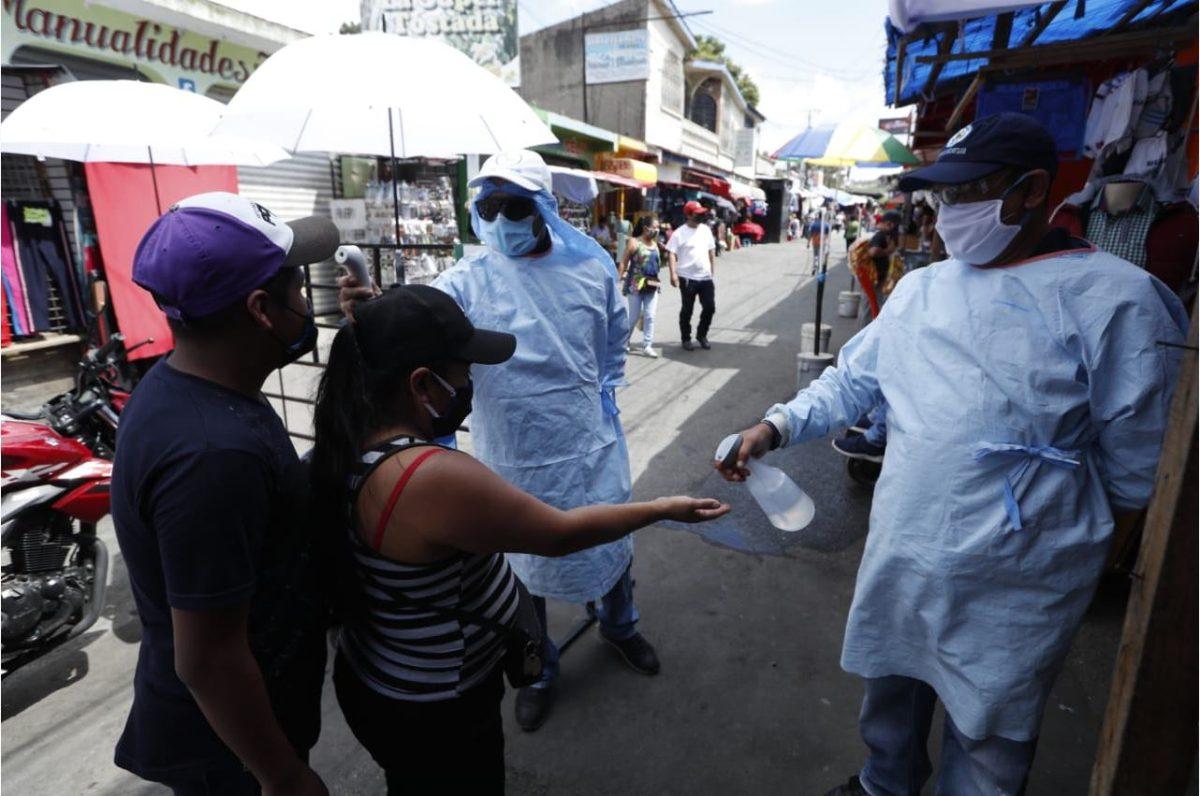 Casos de coronavirus en Guatemala superan los 10 mil y se reportan 427 nuevos contagiados