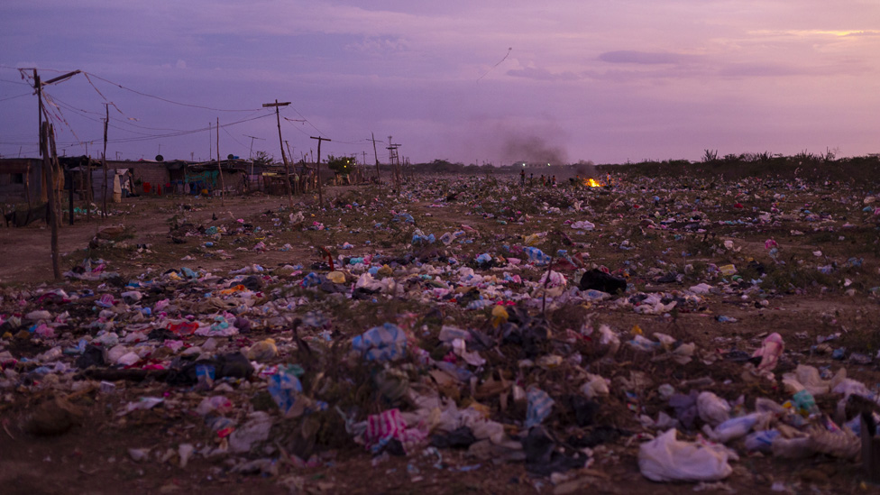 Día Internacional Libre de Bolsas de Plástico: las impresionantes imágenes de un vertedero en Colombia