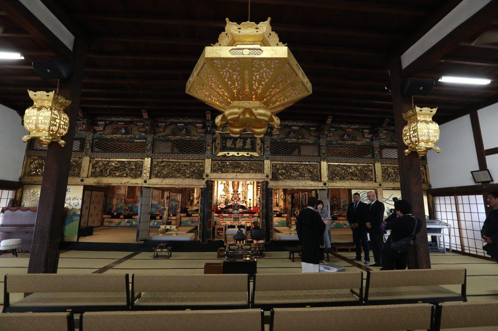 Interior de un templo budista en Tawaramoto-cho en la prefectura de Nara. (Foto Prensa Libre: Daniel Guillén Flores)