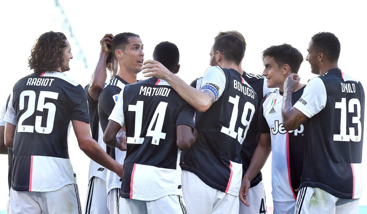 Cristiano marca su primera falta directa con la Juventus tras 43 intentos