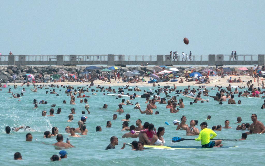 Al borde del colapso: Florida rompe récord diario de casos de coronavirus con 15 mil 300 infectados