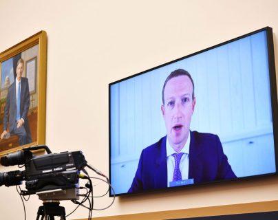 Mark Zuckerberg habla por videoconferencia. (Foto Prensa Libre: EFE)
