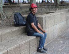 El maestro Melgar expresó a Prensa Libre y Guatevisión su decepción por la falta de apoyo al artista nacional. (Foto Prensa Libre: Érick Ávila)