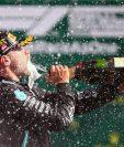Valtteri Bottas celebra después de ganar en Gran Premio de Fórmula Uno en Austria. (Foto Prensa Libre: AFP).