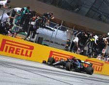 El británico Lewis Hamilton -Mercedes- se impuso en la segunda competencia de la temporada de la Fórmula 1. Foto Prensa Libre: AFP
