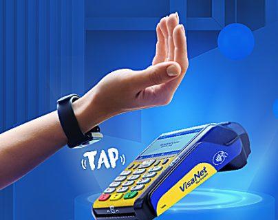 La alianza entre Banco Industrial y estas marcas les permite a sus usuarios realizar pagos por medio de sus relojes. Foto Prensa Libre: Cortesía