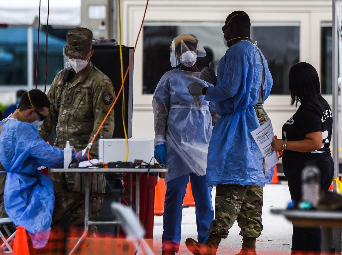 """""""No me aislé 100%"""": la situación crítica en Florida por el retraso en resultado de pruebas de coronavirus"""