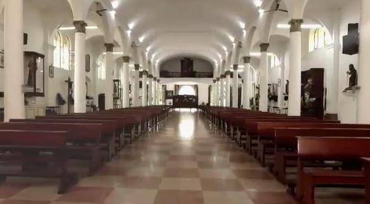 El video comparte indicaciones sobre las medidas de higiene y seguridad dentro de los templos.