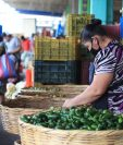 El uso de mascarilla es una de las recomendaciones de las autoridades guatemaltecas para frenar los contagios de coronavirus. (Foto Prensa Libre: Carlos H. Ovalle)