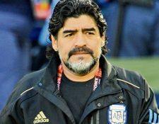 Diego Maradona está cerca de su segunda aventura con una selección, como entrenador. (Foto Prensa Libre: Hemeroteca PL)