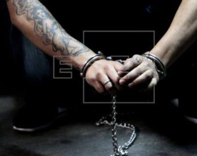 El expandillero es señalado de haber dado muerte a una persona. Imagen ilustrativa. (Foto Prensa Libre: EFE).