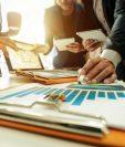 Un crédito para inyectar dinero a un negocio, si se estudia bien, puede generar ingresos muy superiores y que, de otro modo, no habríamos conseguido. (Foto Prensa Libre: Shutterstock)