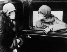 El uso de mascarillas fue necesario durante el brote de la gripe española, entre 1914 y 1918. (Foto Prensa Libre: Keystone)