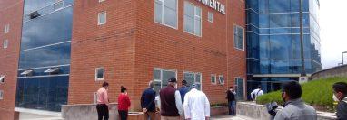 Las instalaciones administrativas y de la Dirección Departamental de la zona 5 de Xela fueron acondicionadas para atender paciente con covid-19. (Foto Prensa Libre: Cortesía)
