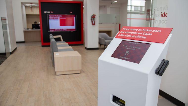 Por medio de este servicio, BAC Credomatic optimiza el tiempo de sus clientes. Foto Prensa Libre: Cortesía.