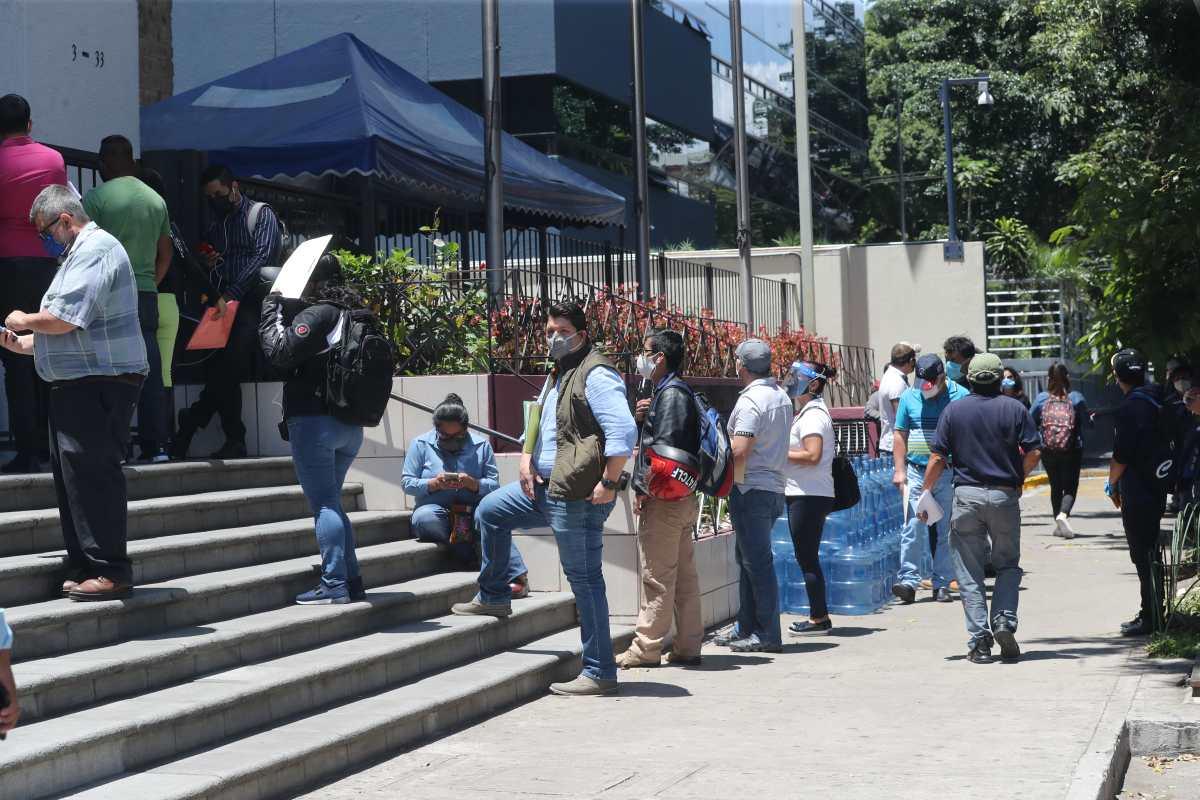 Gasto en salarios: 88 pactos colectivos se han firmado desde 2008