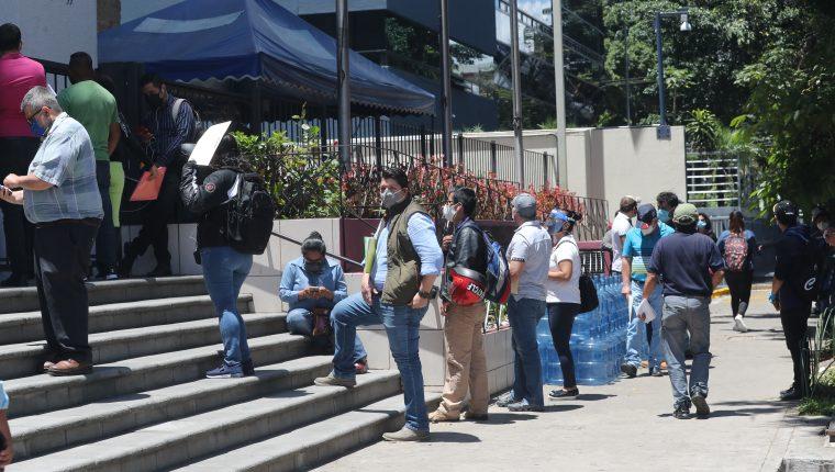 El Ministerio de Trabajo tiene registrados la negociación de 88 pactos colectivos públicos de 2008 al 2019. (Foto Prensa Libre: Hemeroteca)