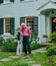 Nancy y Dave Nathan en su casa de Bethesda, Maryland, el 12 de julio de 2020. (Andrew Mangum / The New York Times)