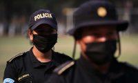 La PNC implementa plan para limitar robos, asaltos y atracos por el pago del Bono 14 y programas sociales del gobierno debido a la pandemia de la covid-19. Foto Prensa Libre: Carlos Hernández