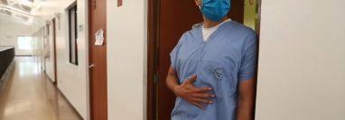 El doctor Óscar Guillermo Hernández hacia un llamado a la prevención para el resguardo de las familias de todos los médicos.