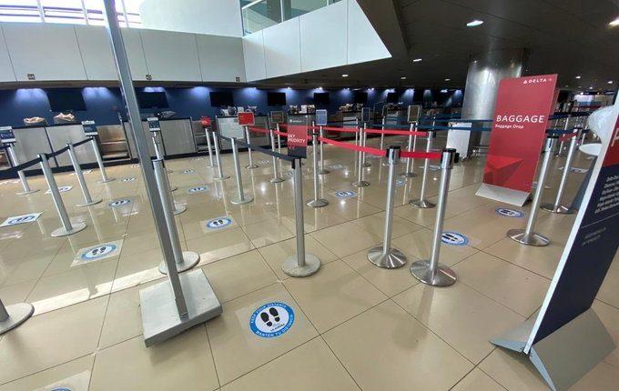 El Aeropuerto Internacional La Aurora  sigue cerrado para vuelos comerciales. (Foto, Prensa Libre: Hemeroteca PL) .