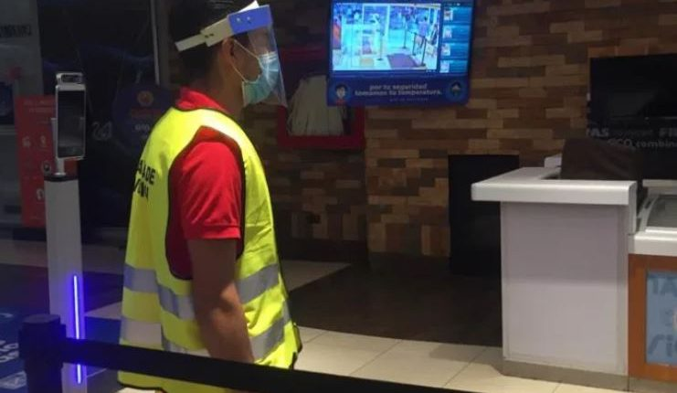 Los centros comerciales abrirán sus puertas el 31 de julio con protocolos para evitar contagios de coronavirus. (Foto Prensa Libre)