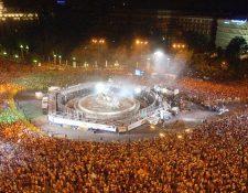 Por cada título conseguido, los aficionados del Real Madrid suelen celebrar en la plaza de Cibeles. (Foto Prensa Libre: Hemeroteca PL)