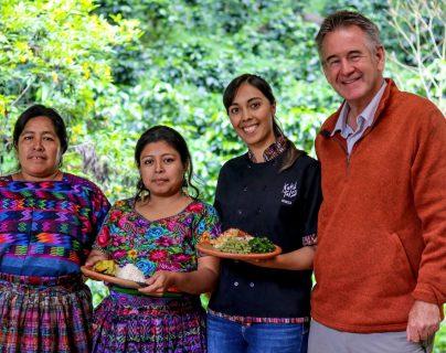 Nigel Marven visitó varios lugares de Guatemala durante el 2019. (Foto Prensa Libre: kukul tales)