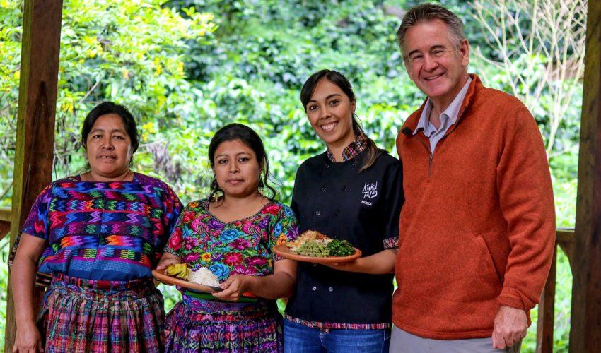 Documentalista presenta adelanto del programa que muestra las maravillas de Guatemala