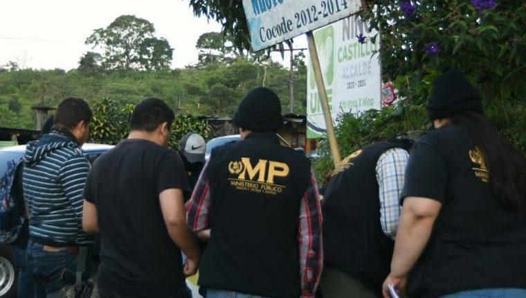 Las autoridades efectúan allanamientos en un caso de extorsión. Foto Prensa Libre: MP. .