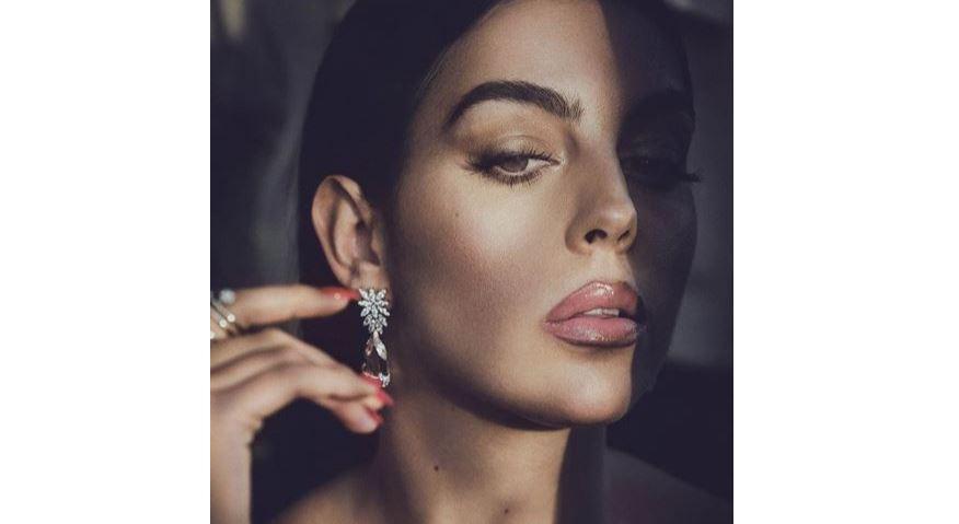 El espectacular anillo de diamantes de Georgina Rodríguez, que despierta sospechas de boda con Cristiano Ronaldo