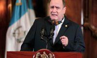 El cambio de discurso del presidente Alejandro Giammattei puede ser visto como un signo de inconsistencia. (Foto Prensa Libre: Hemeroteca PL)