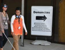 El convenio fortalecerá la asistencia a las personas con discapacidad visual y auditiva. Foto Prensa Libre: Cortesía
