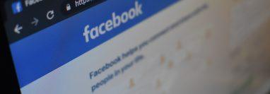 A partir de la próxima semana los usuarios de Facebook, en la sección noticias, serán consultados acerca de si desean contestar una encuesta acerca del covid-19. (Foto Prensa Libre: Kon Karampelas en Unsplash).