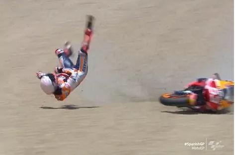 Marc Márquez sufre una fractura de húmero en el GP de España de MotoGP