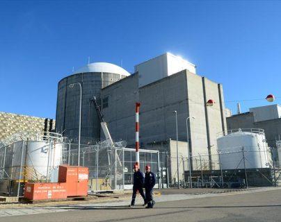 Central nuclear de Almaraz, ubicada en el municipio de Almaraz (Cáceres), junto a la A-5 Madrid - Badajoz, y el embalse de Arrocampo sobre el río Tajo. (Foto Prensa Libre: periódico extremadura)