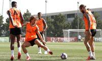 Los jugadores del Real Madrid durante la práctica de este jueves. (Foto Prensa Libre: Real Madrid)