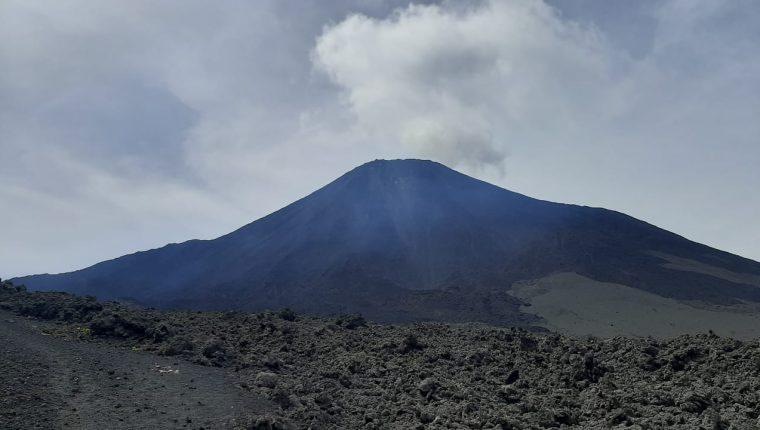 Foto divulgada por la Presidencia donde se muestra la actividad volcánica del Pacaya.
