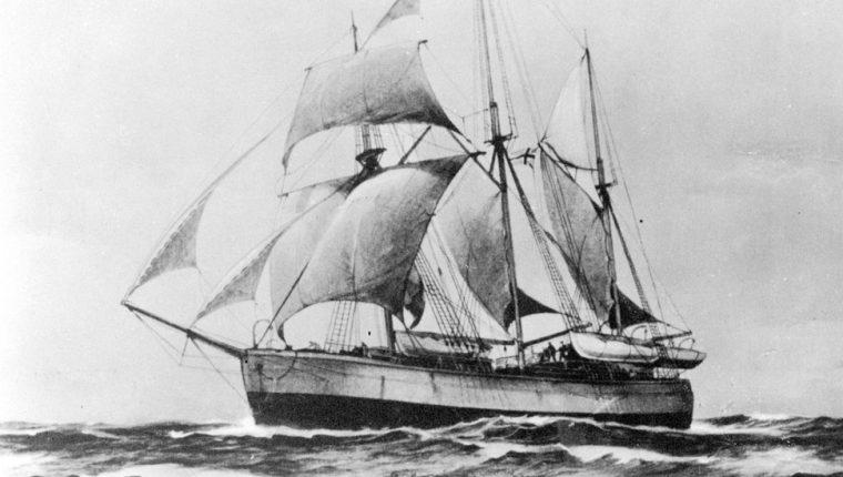 El Fram, el barco del aventurero noruego Fridtjof Nansen que quedó atrapado en html5-dom-document-internal-entity1-quot-endagua muertahtml5-dom-document-internal-entity1-quot-end en las aguas del Ártico en 1893.