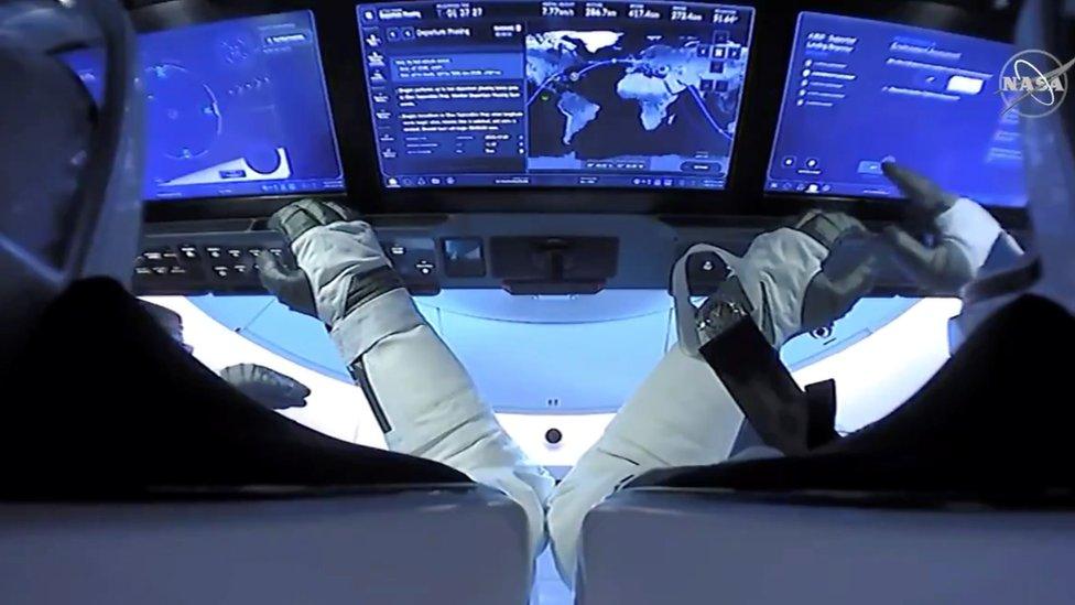 Regreso de la cápsula Dragon: los astronautas de la nave espacial de la NASA y SpaceX amerizan con éxito en el golfo de México