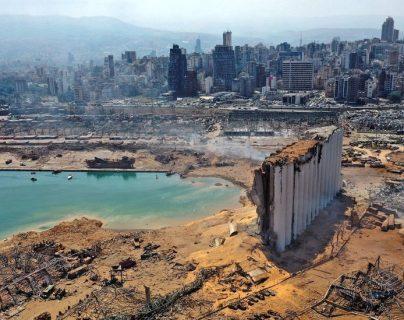 El puerto de Beirut, el corazón de la ciudad, quedó totalmente destruido.