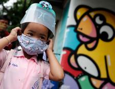 Los países están en diferentes fases de la pandemia y, por ende, del debate acerca de cómo y cuándo reabrir las escuelas.
